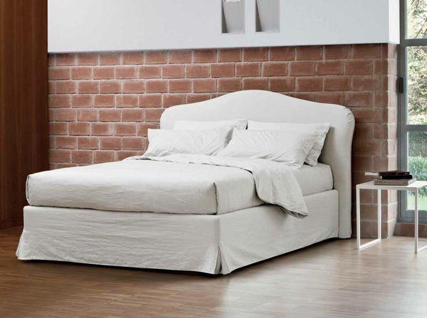 Come realizzare una bella testata per il letto in poco for Testata del letto fai da te