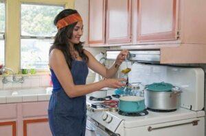 Pulire la cappa della cucina ecco come fare - Come pulire gli scarichi della cucina ...