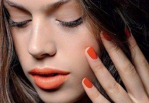 smalto-e-rossetto-arancio