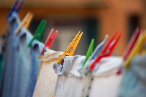 Alcuni trucchi per asciugare i panni pi velocemente - Asciugare panni in casa ...
