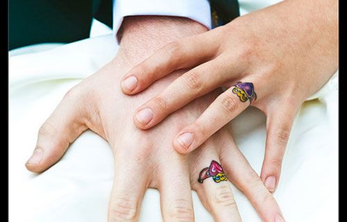 wedding-ring-tattoo-colorful