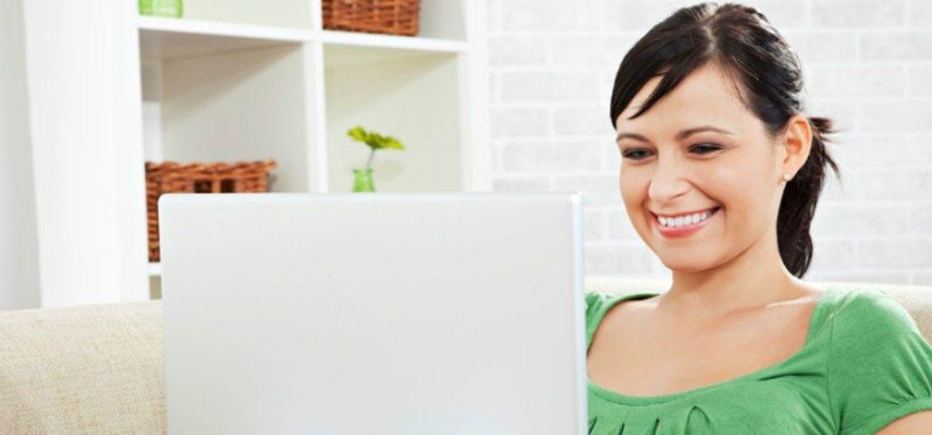 woman-laptop_FullSliderWidth